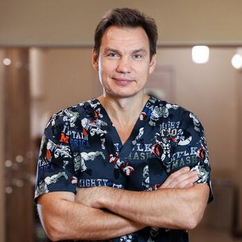 Врач стоматолог Шматов Константин Владимирович